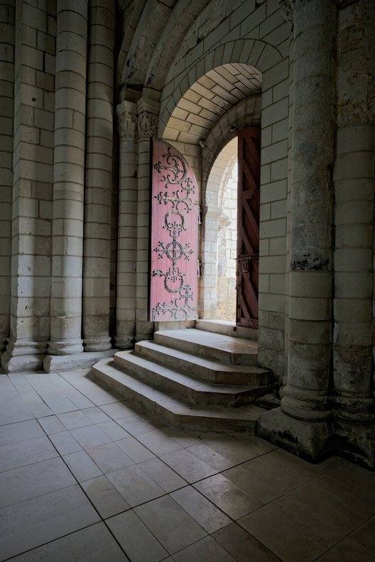 france-abbaye-Fontevraud-Touraine-nb-photolib-FUJIFILM_X-E2-photonoxx-_14mm_f5.6_DSF7099_lzn.jpg